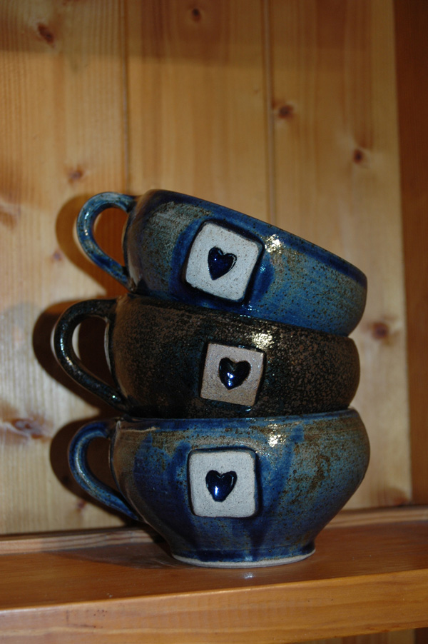 Set of mugs for customer order